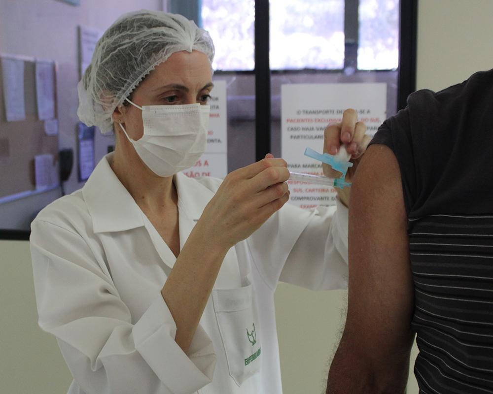 A campanha de vacinação contra a gripe será retomada na quinta-feira (02)