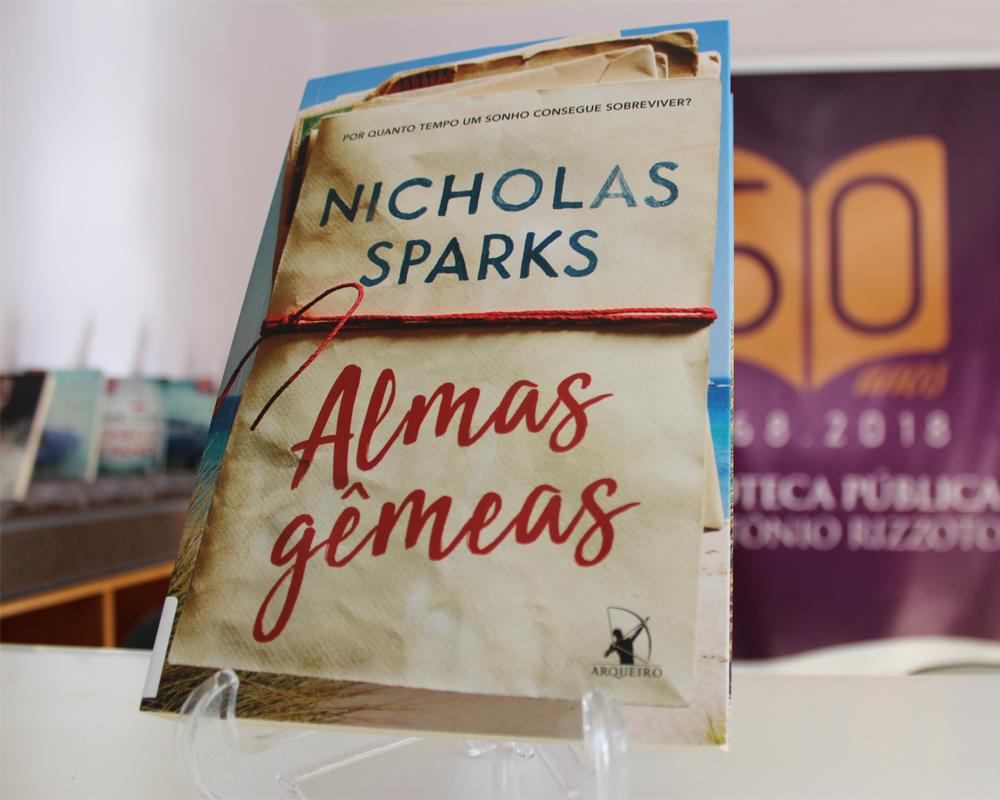 Biblioteca Pe. Antonio Rizzotto adquire novos livros