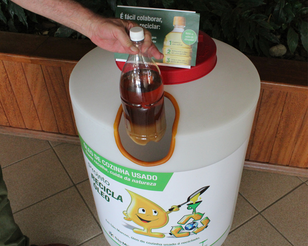 """Em oito meses, """"Recicla Óleo"""" coletou mais de 8 mil litros de óleo de cozinha"""