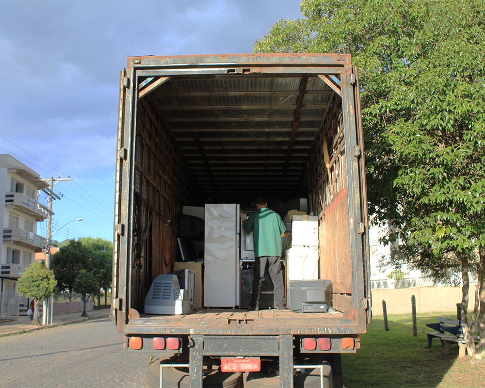 Três toneladas de lixo eletrônico foram recolhidas na 1ª coleta do ano