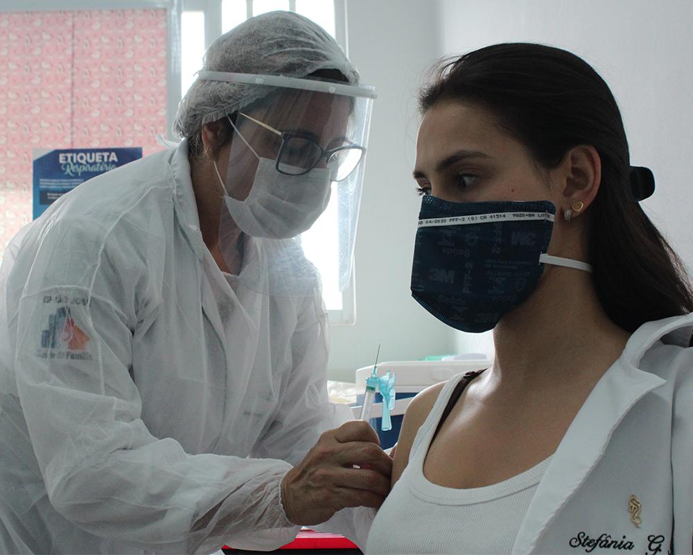 Vacinação contra Covid-19 iniciou hoje em São Marcos