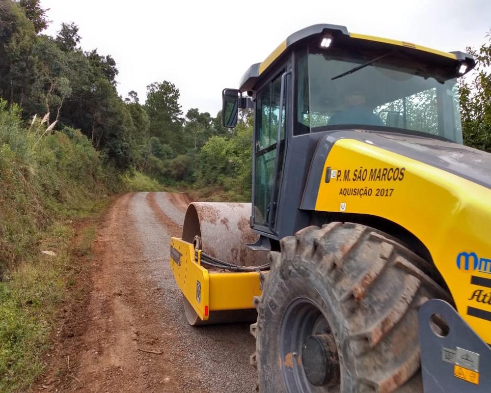 Estradas do interior recebem manutenção