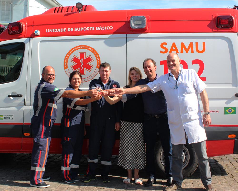 São Marcos recebe nova ambulância