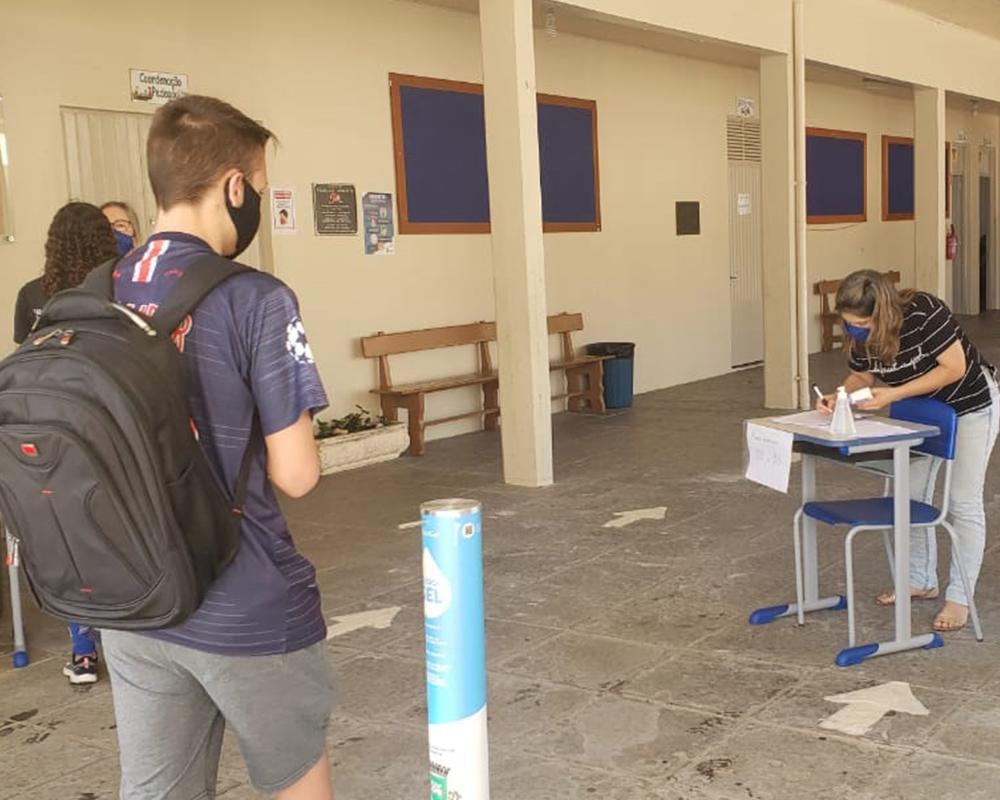 Retorno das aulas presenciais para o ensino fundamental municipal ocorreu hoje (28)