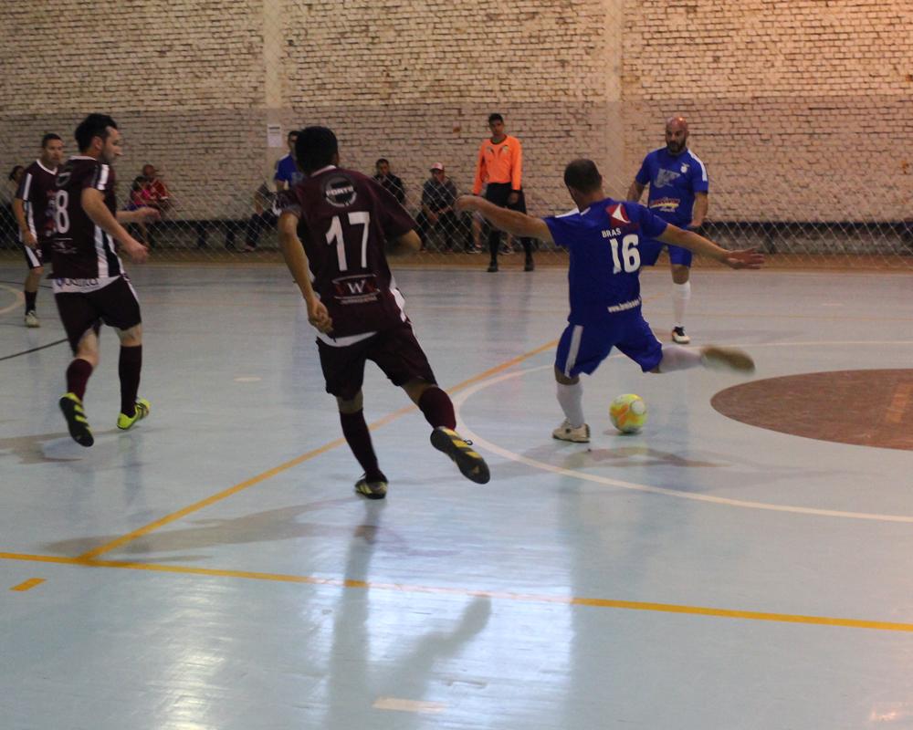 Campeonato de Futsal dos veteranos chega às semifinais