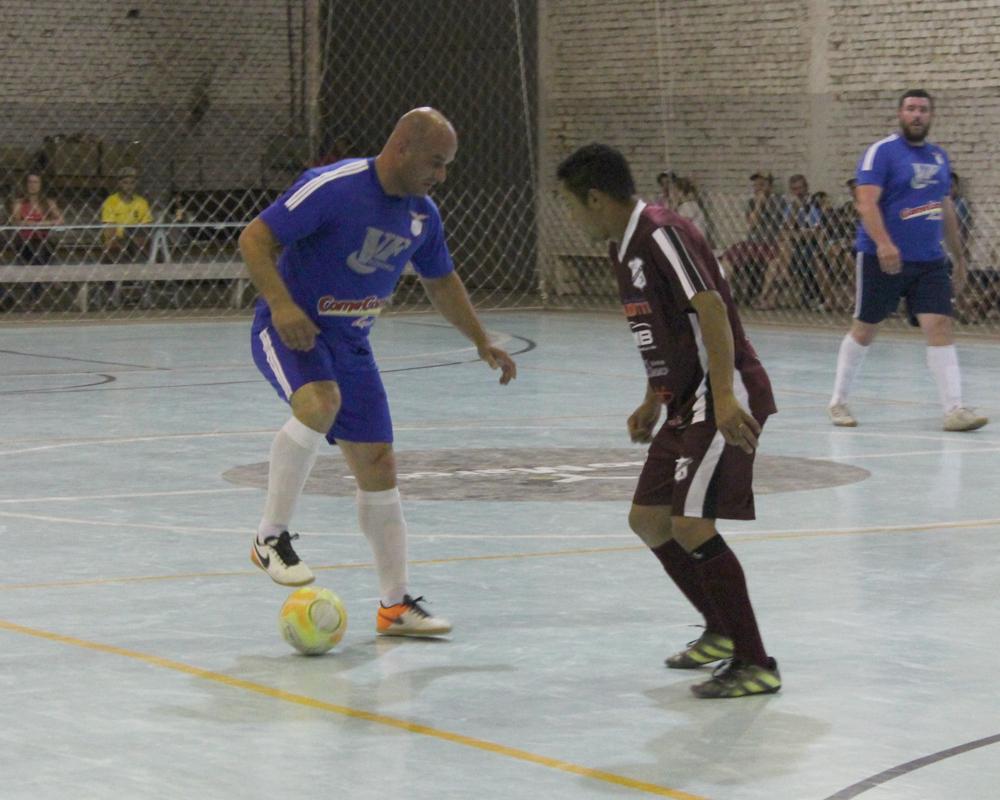 Após partida acirrada, o Campeonato de Futsal Veterano tem um campeão