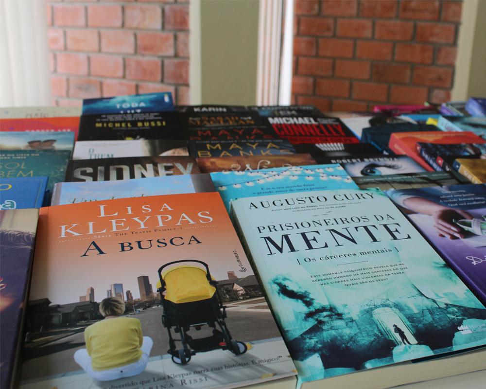 Biblioteca Pública recebe novos livros