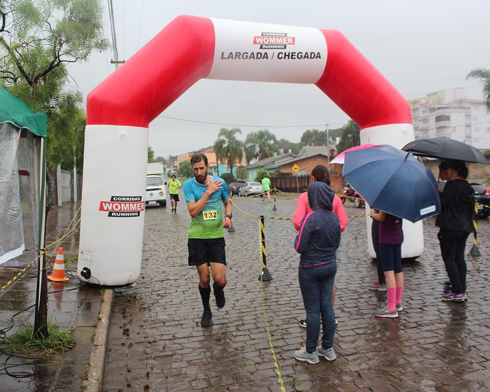 Rústica do Padroeiro reúne atletas do município e de outras oito cidades