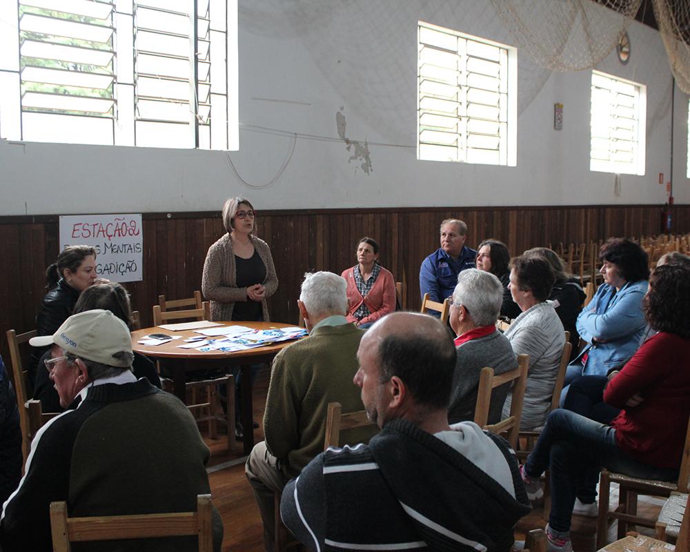Setembro amarelo no campo reuniu mais de 100 pessoas