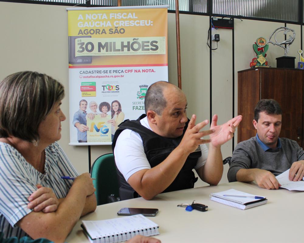 Prefeitura, Brigada, entidades e comunidade se reúnem para falar sobre segurança pública