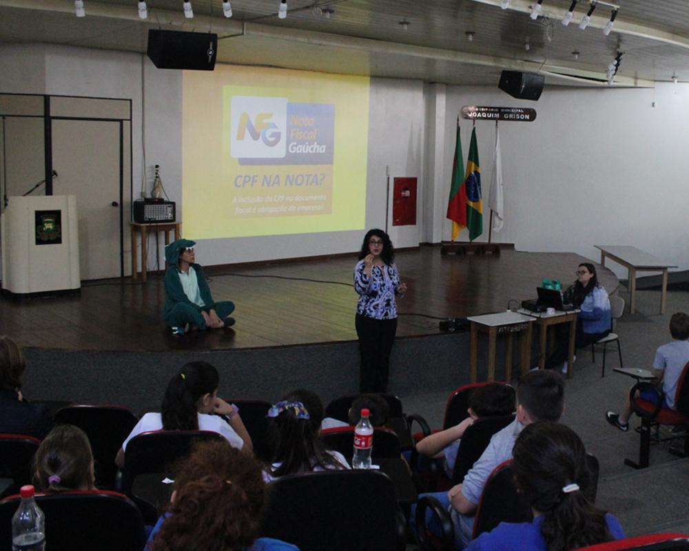 Palestras sobre educação fiscal abordam o Programa Nota Fiscal Gaúcha