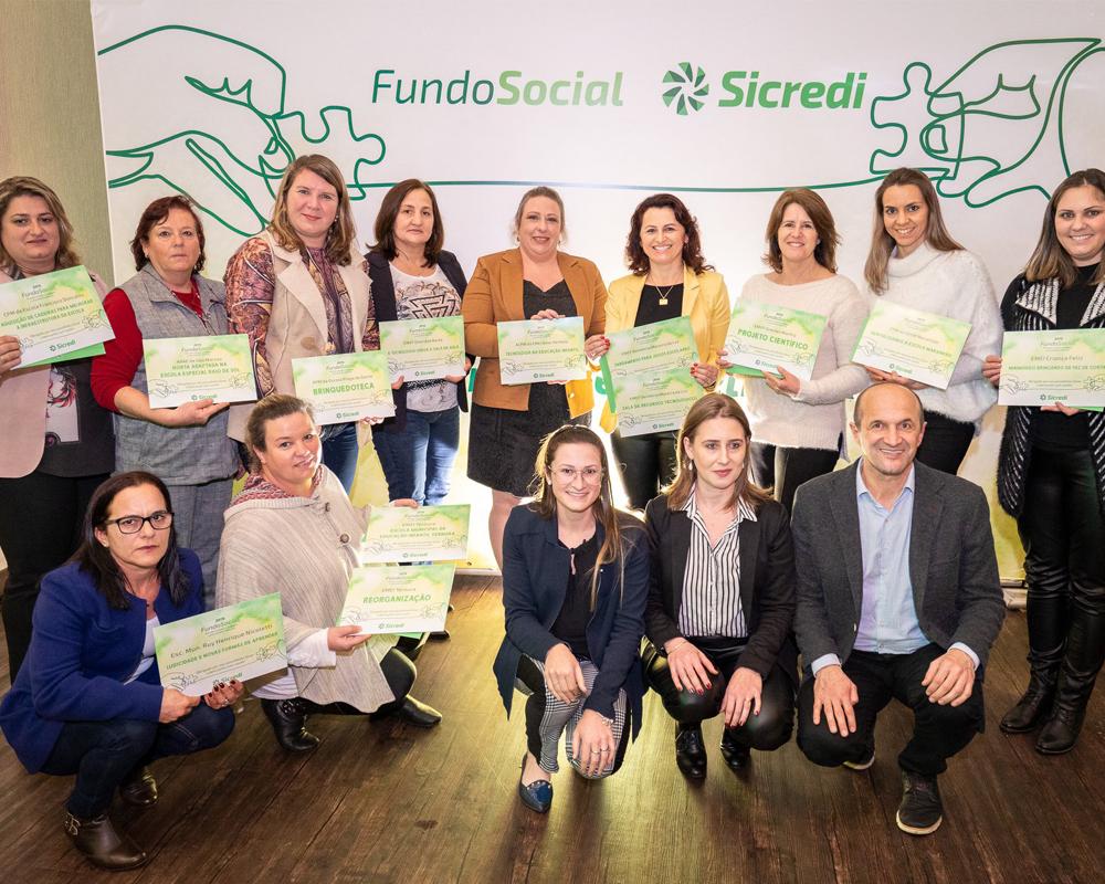 8 escolas da rede municipal tiveram projetos premiados pelo Fundo Social da Sicredi Serrana